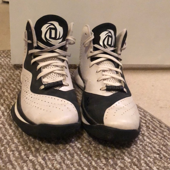 best sneakers 22827 84f85 Adidas MENS hightop basketball shoes. adidas. M5c0edbbb3e0caad08e3922a5.  M5c0edc04bb7615d2d66763cd. M5c0edc207386bc7b432e7687